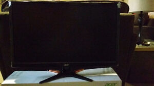 "ACER 24"" 3D Monitor (GN246HL). LIKE NEW!"