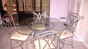 Breakfast table set with 4 chairs for sale