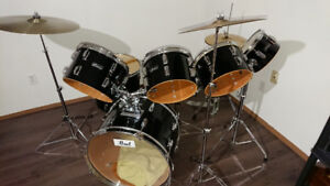 Pearl Maxwin 11pc drumset for sale