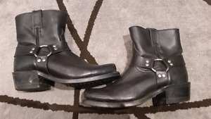 Mens Boulet motorcycle boots size 8 EEE