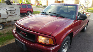 1997 Gmc sonoma pickup for sale.  Very well maitained.