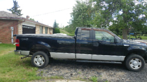 2006 Ford 150 XLT TRITON 4X4 pick up for sale