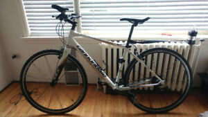 $450 · OBO - 2014 Cannondale Quick SL 3 Large hybrid/road +lock