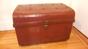 all metal 100yr old storage trunk in great cond