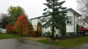 MOBILE HOME IN PARKLAND VILLAGE...GREAT CONDITION!