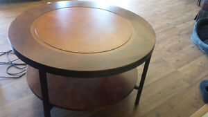 ROUND COFFEE TABLE **REDUCED **