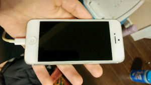 Iphone 5 32 GB Bell
