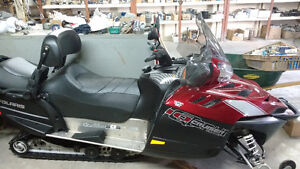 Motoneige Polaris Cruser Turbo