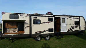 2015 Wildwood Heritage Glenn 300BH (Financing now Available)