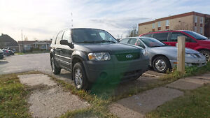 2005 Ford Escape XLS VUS