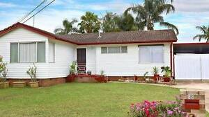 IMMACULATE HOME WITH TEENAGE RETREAT Whalan Blacktown Area Preview