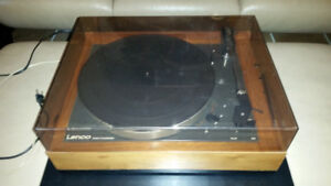 VINTAGE IDLER DRIVE TURNTABLE:  LENCO B 52 (MADE IN SWITZERLAND)