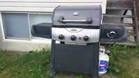 Uniflame BBQ Grill including propane cylinder