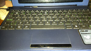 ASUS Transformer TF300 T-B1-BL 10.1-Inch 32 GB Tablet/Keyboard
