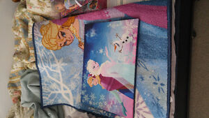 Frozen rug and light up pic. Tinkerbell lamp.