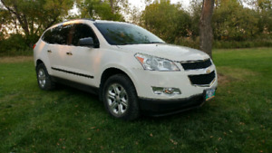 2011 Chevrolet Traverse, LS 2WD Clean Title, New Safety