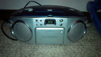 CD radio and casette player/recorder