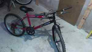 Kids Mongoose 5 Speed Mountain bike 30 DOLLARS OBO FAST SALE  Oakville / Halton Region Toronto (GTA) image 1