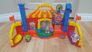 Fisher Price Little People Touch & Feel Circus Big Top Carnival