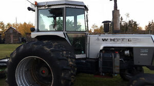 2-105 white field king tractor