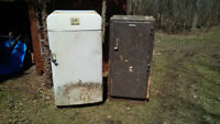 OLD REFRIGERATORS FOR RECONDITIONING