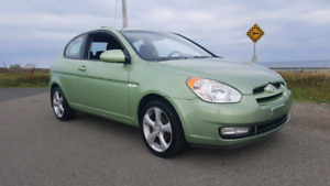 2008 HYUNDAI ACCENT / BRAND NEW MVI / VERY LOW KILOMETERS