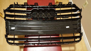 2015 Audi A5 OEM Front Grill in Piano Black West Island Greater Montréal image 2