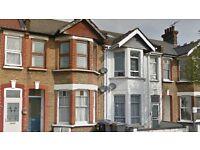 1 bedroom flat in Squires Lane, Finchley, N32