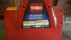 12 inc Toro -Power shovel