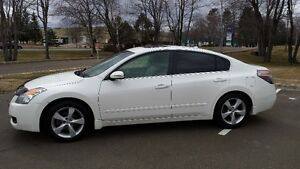 2008 Nissan Altima #REDUCED#WAS $8995. NOW $6500. FOR QUICK SALE