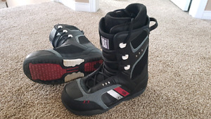 Snowboard Boots Size 10 (brand: 5150)