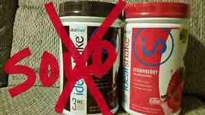 Strawberry sealed tub of IdealShake meal replacements