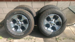 255 70 R18 Jeep Wrangler wheels and tires