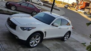 2013 Infiniti FX50S. Private Sale. Excellent Condition