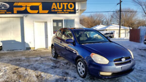 2009 Hyundai Accent Hatchback I LOW KMS I 3 MONTH WARRANTY!!