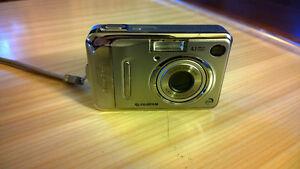 Fijji Film Finepix A400 4.1MP Digital Camera