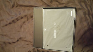 BRAND NEW NEVER USED TABLET/LAPTOP Kitchener / Waterloo Kitchener Area image 3