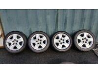 "17"" Vauxhall Insignia wheels with hub caps and good tyres"