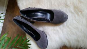 Grey Suede Heels (Apepazza) Size 7.5