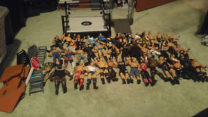 Huge lot of WWE, ECW and WCW wrestlers with ring/weapons/belts