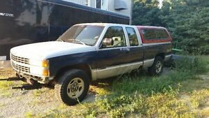 1993 Chevrolet Silverado 1500 Pickup Truck (For Parts Only)