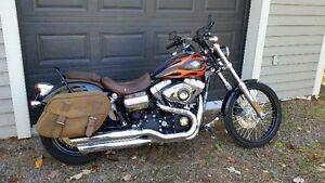 Harley Davidson Dyna Wide Glide 2010 À l'état de neuf