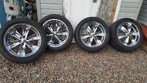 Rims and tires 305/45R22