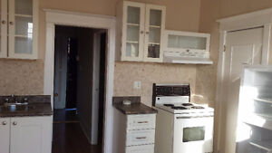 GREAT SIZE 2 BEDROOMS APARTMENT FOR RENT