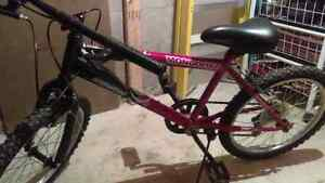 Kids Mongoose 5 Speed Mountain bike 30 DOLLARS OBO FAST SALE  Oakville / Halton Region Toronto (GTA) image 2