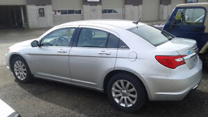 2011 Chrysler 200 Touring.  Great Price for a Great Car!! Kitchener / Waterloo Kitchener Area image 4