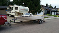 16' fiberglass boat and trailer with 40hp motor