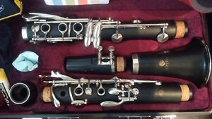 SUPERIOR QUALITY CLARINET- JUPITER 637N