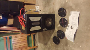 CLARION APX2120 AMP AND SUB WITH JVC TWEETERS