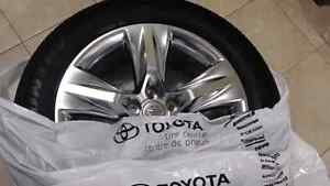 Toyota highlander original mags and tires 245/55R19